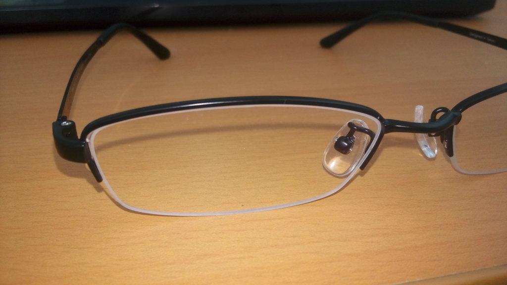 JINSの5000円メガネ