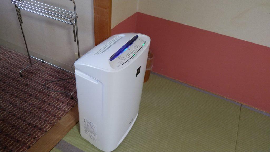 定山渓万世閣ホテルミリオーネ 和室 部屋 空気清浄機